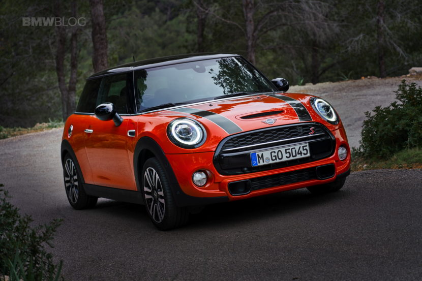 MINI Cooper 3 door facelift test drive 73 830x553