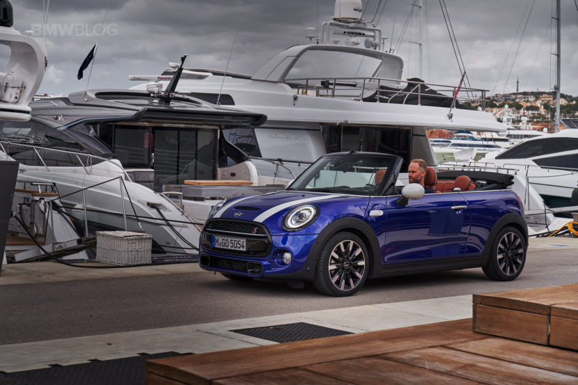 MINI Cooper S Convertible test drive 137 830x553