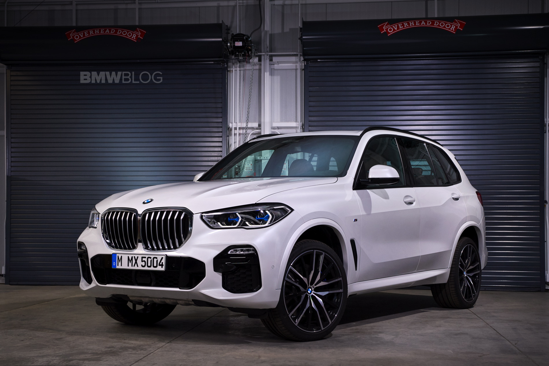 New BMW X5 real life images 01