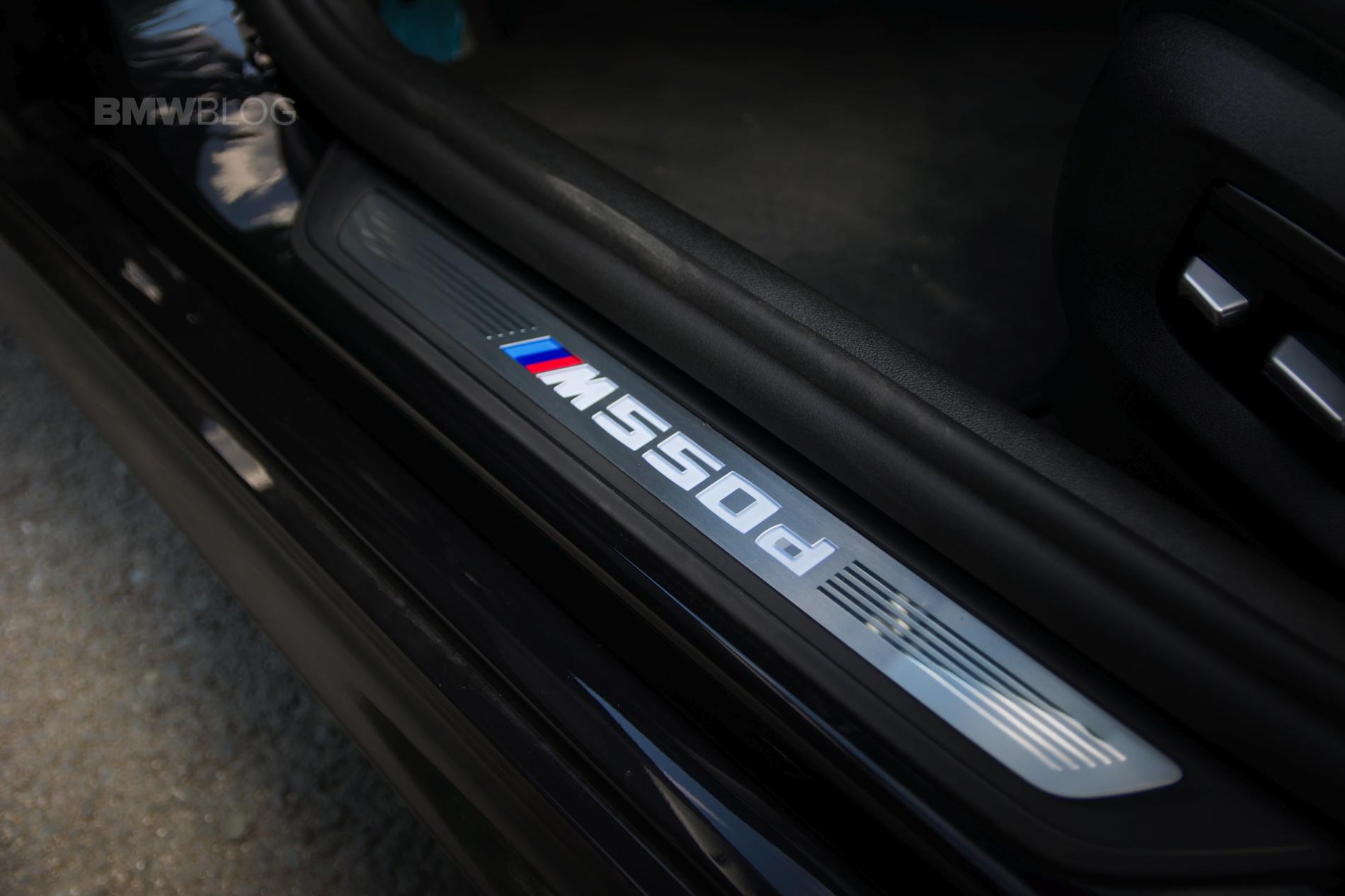 2018 BMW M550d sedan test drive 01
