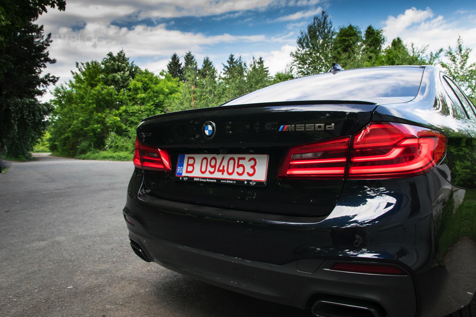 2018 BMW M550d sedan test drive 28