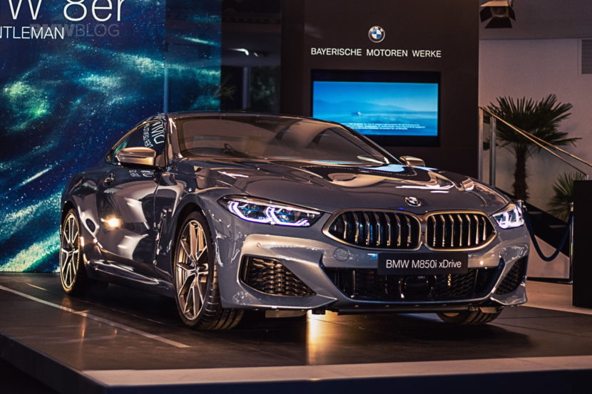 2019 BMW M850i photos 03 830x553