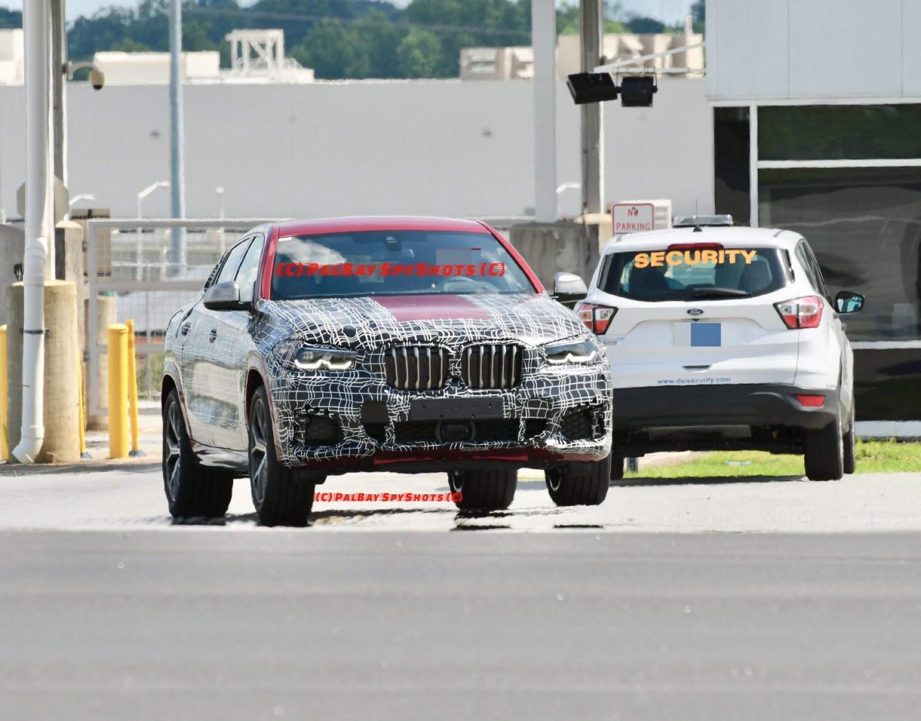 BMW G06 X6 spy shots 07