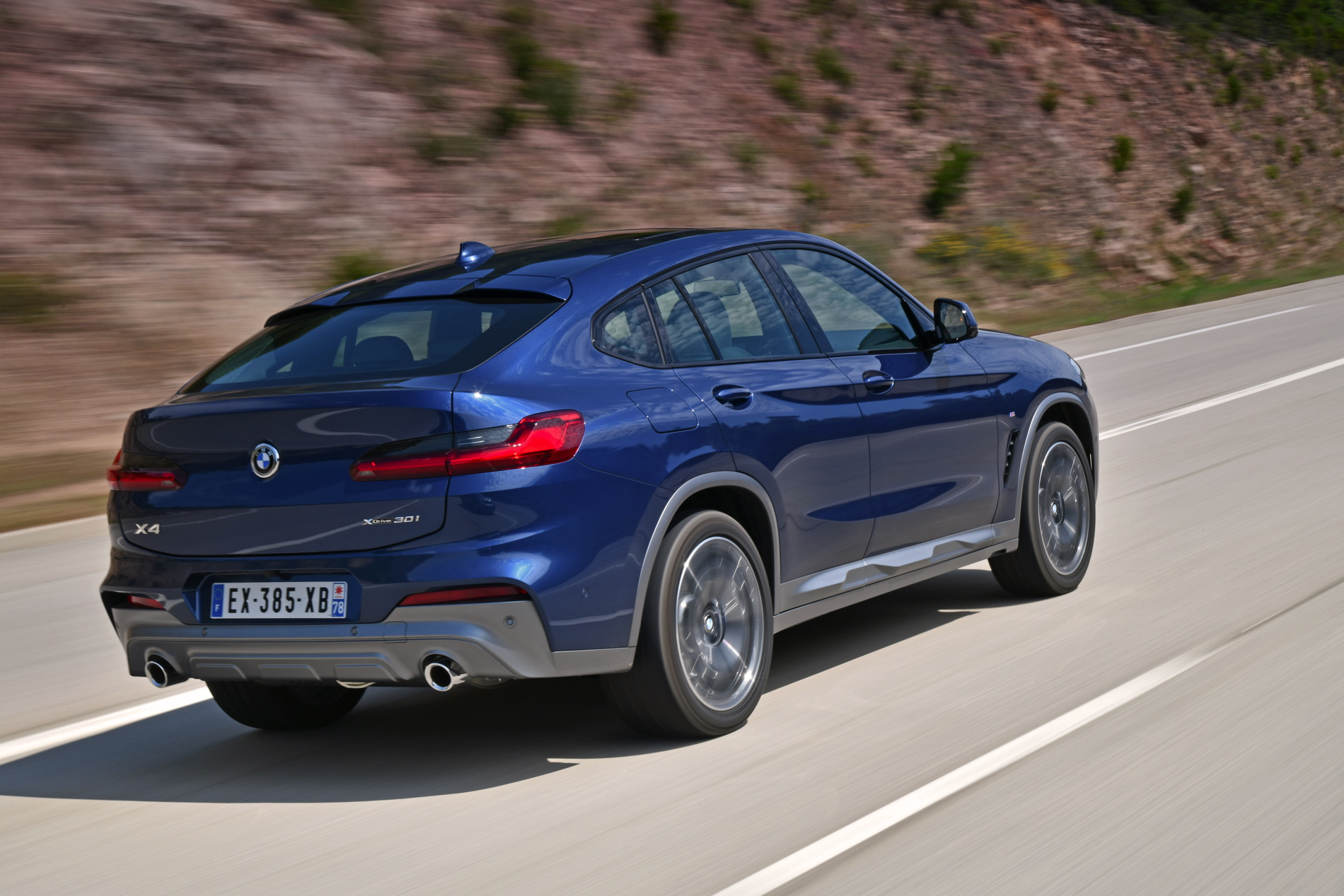 Bmw G02 X4 New Photos In Phytonic Blue