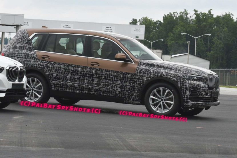 BMW X7 spied Spartanburg 830x553