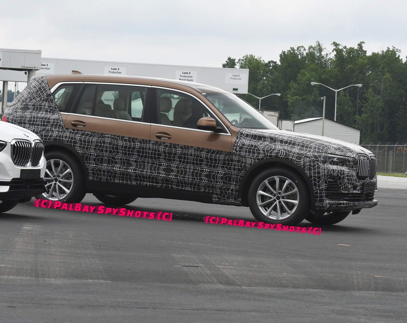 BMW X7 spied Spartanburg