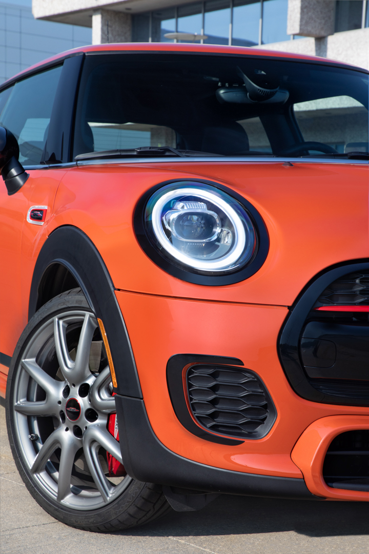 MINI JCW John Cooper Works International Orange Edition 13