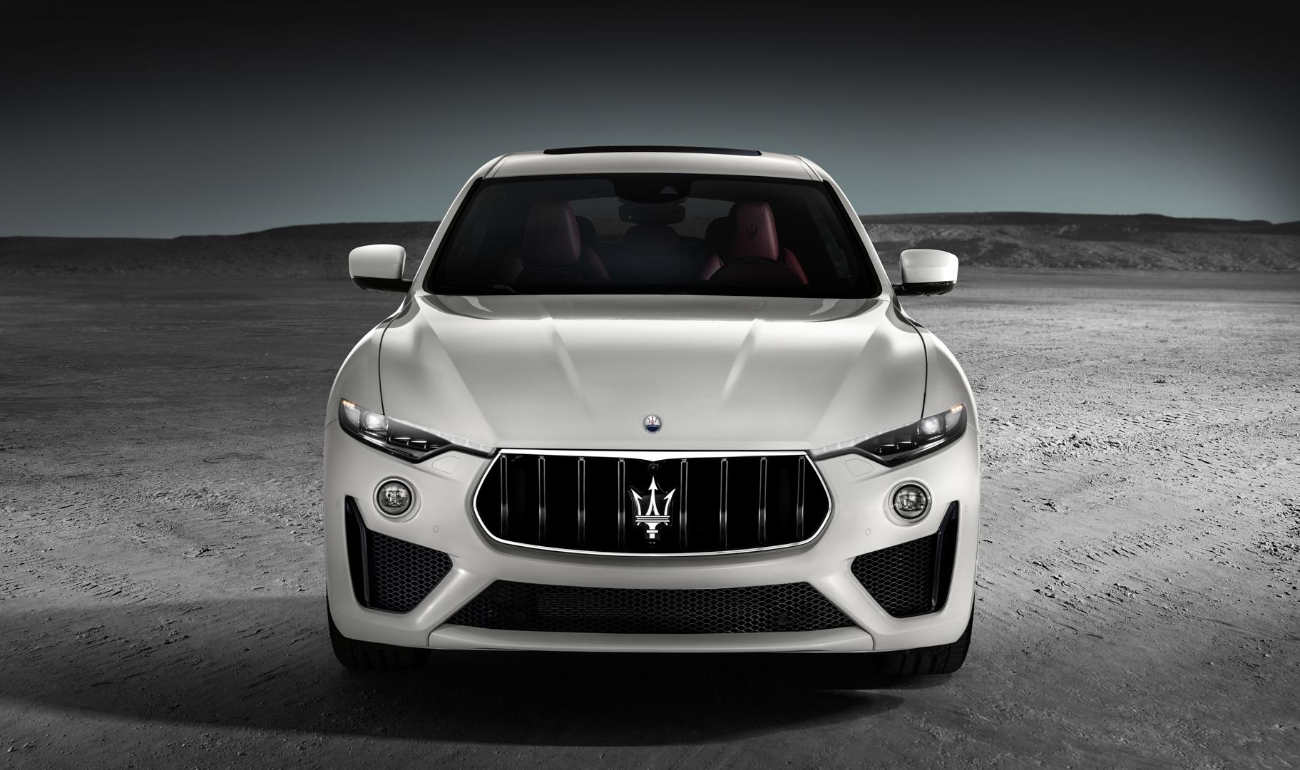 Maserati Levante GTS 2 of 9