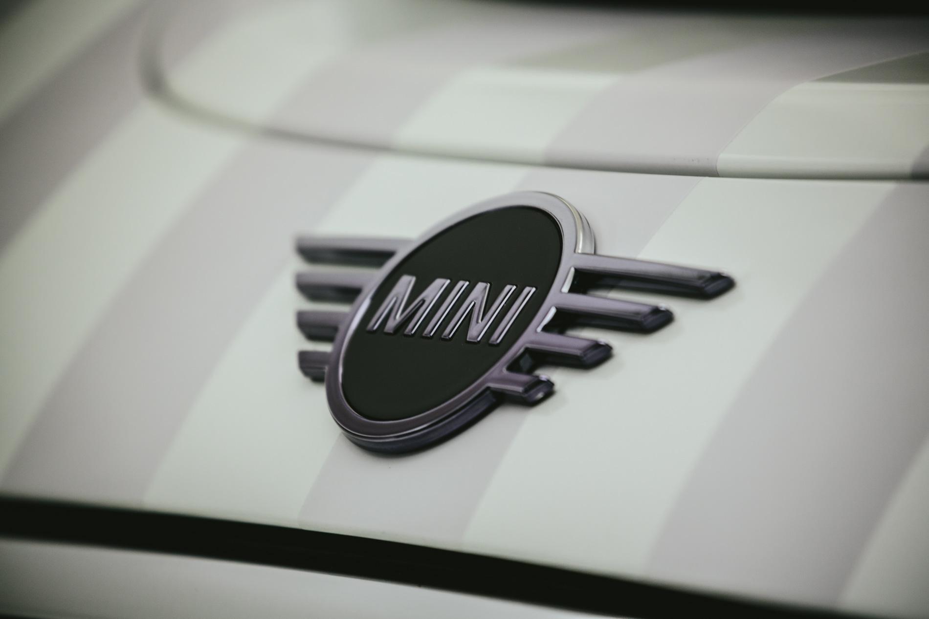one off model MINI car 01
