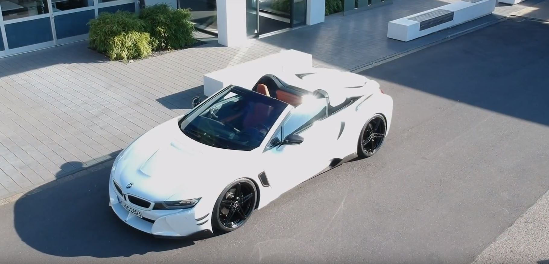Video Bmw I8 Roadster By Ac Schnitzer Has Black And White Theme