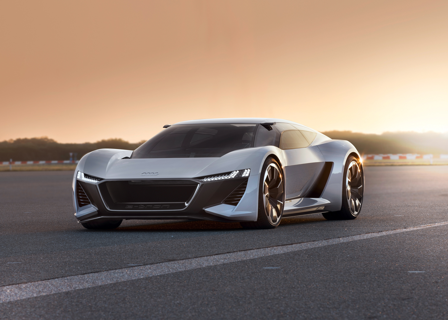 Audi PB18 e tron Concept Pebble Beach 30 of 36