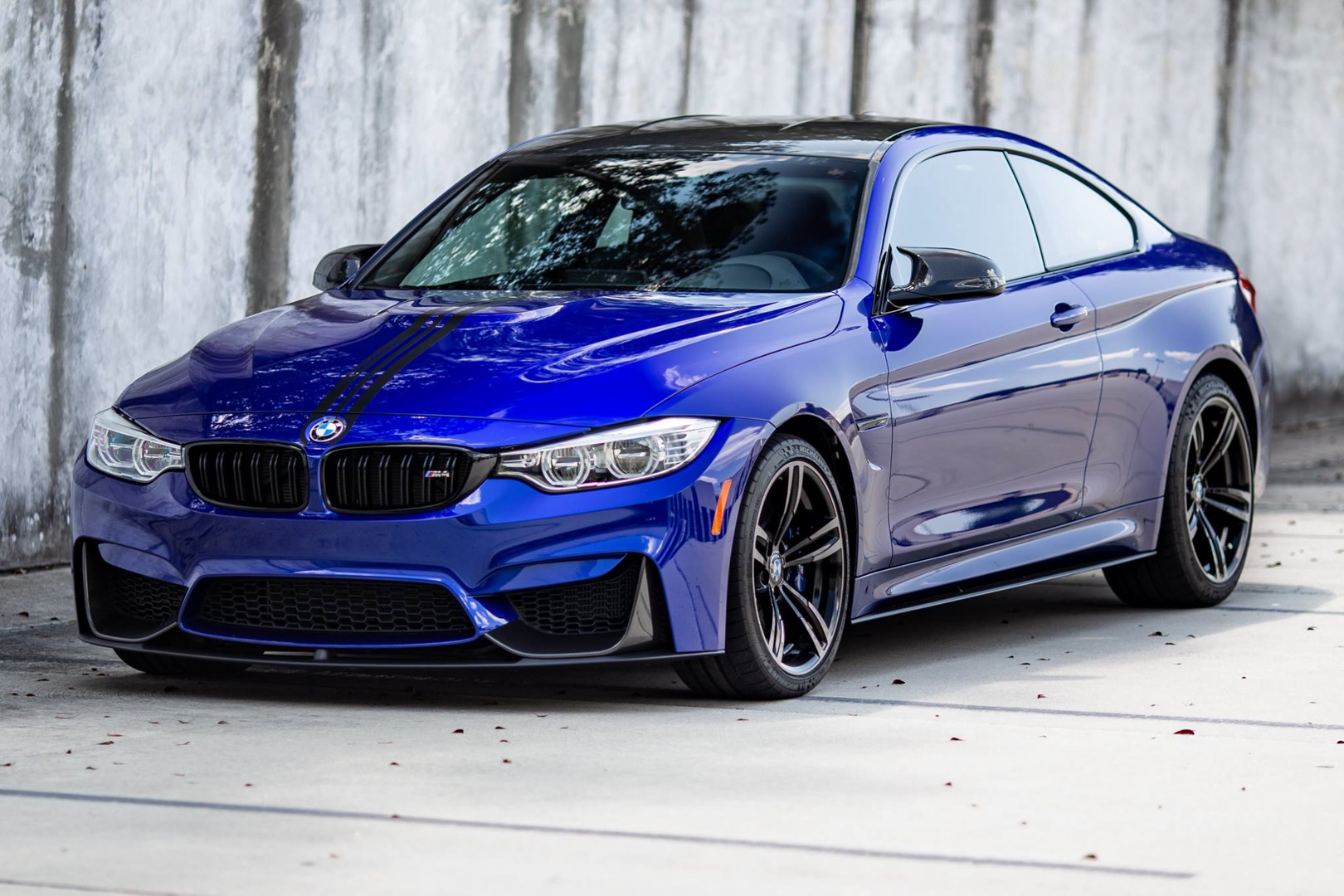 bmw m4 looks great in san marino blue with m performance parts. Black Bedroom Furniture Sets. Home Design Ideas