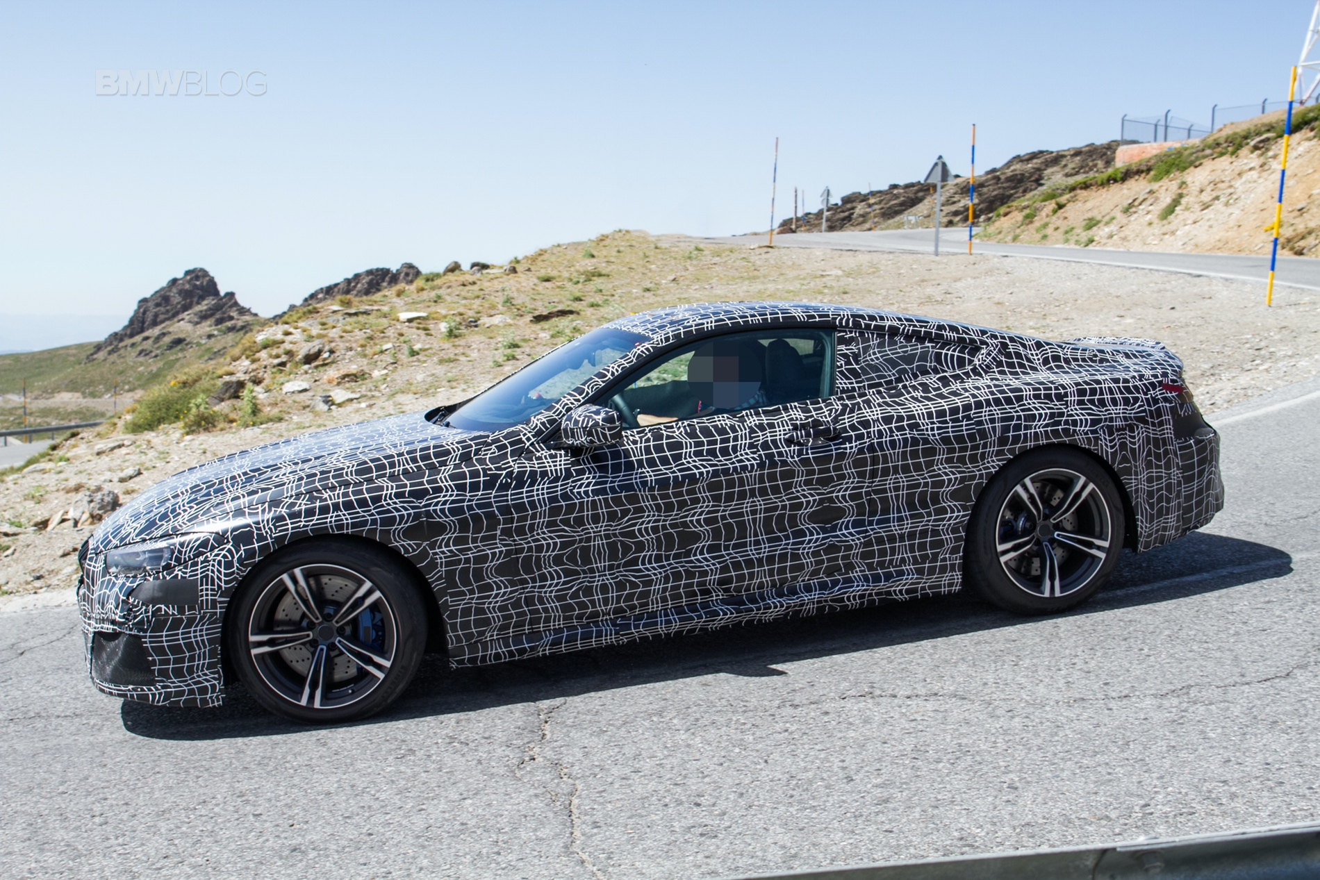 BMW-M8-spied-20183