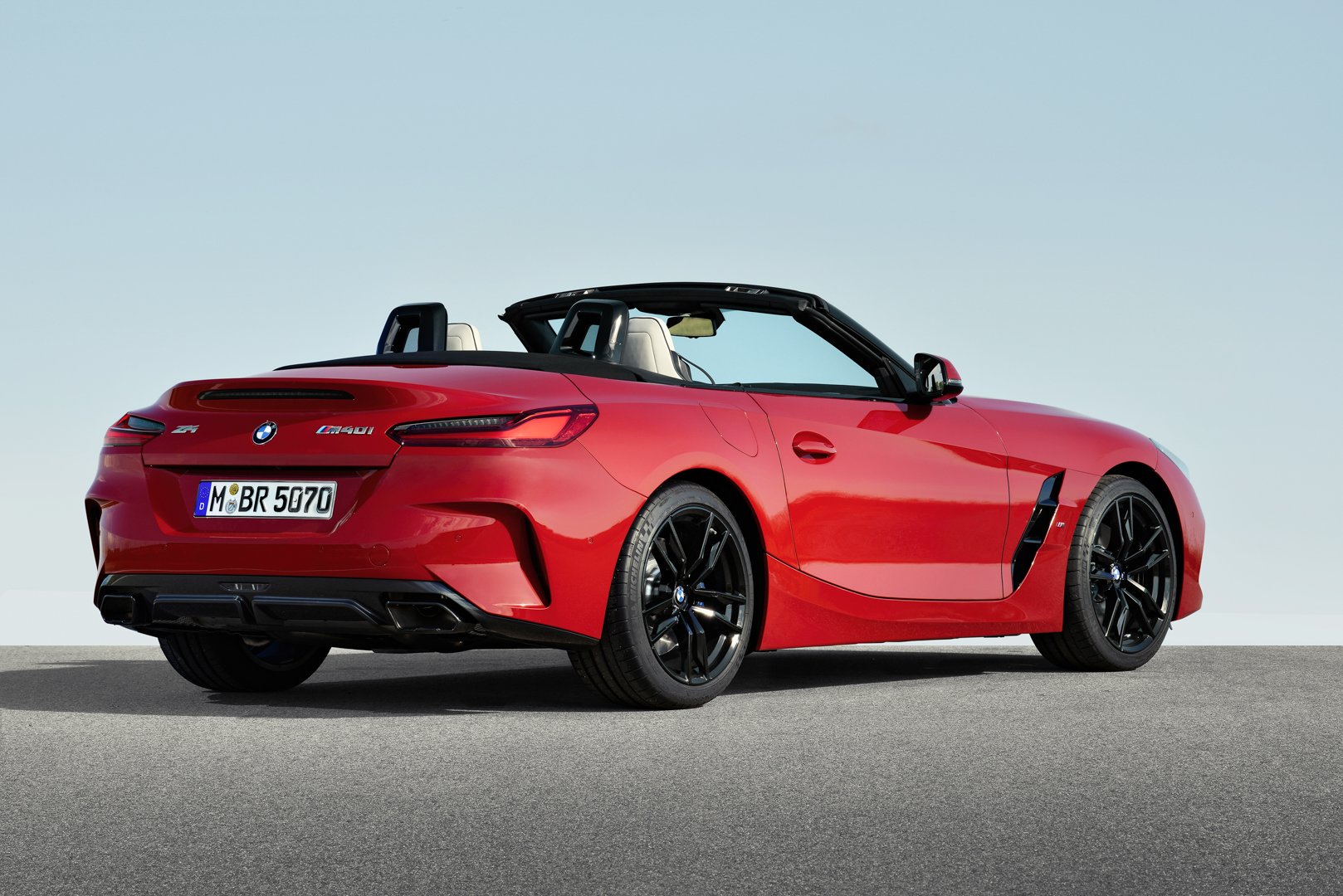 Which To Buy Bmw M2 Competition Or Bmw Z4 M40i Bmw z4 m40i first edition2018 4k 2