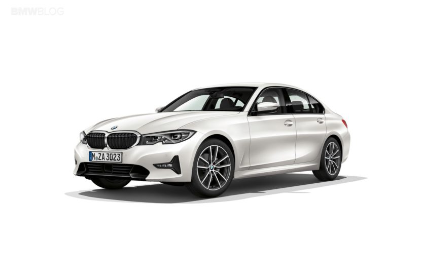 2019 BMW 330e G20 hybrid 01 830x553