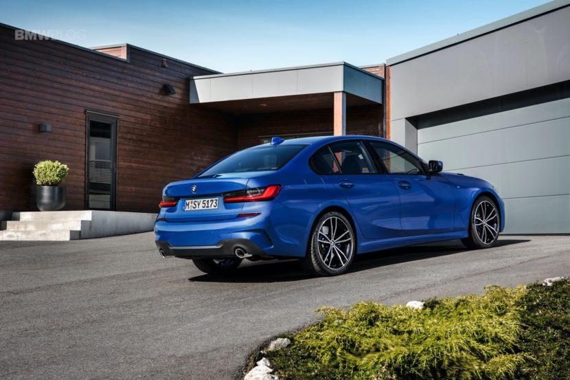 2019 BMW 330i M Sport 22 830x553