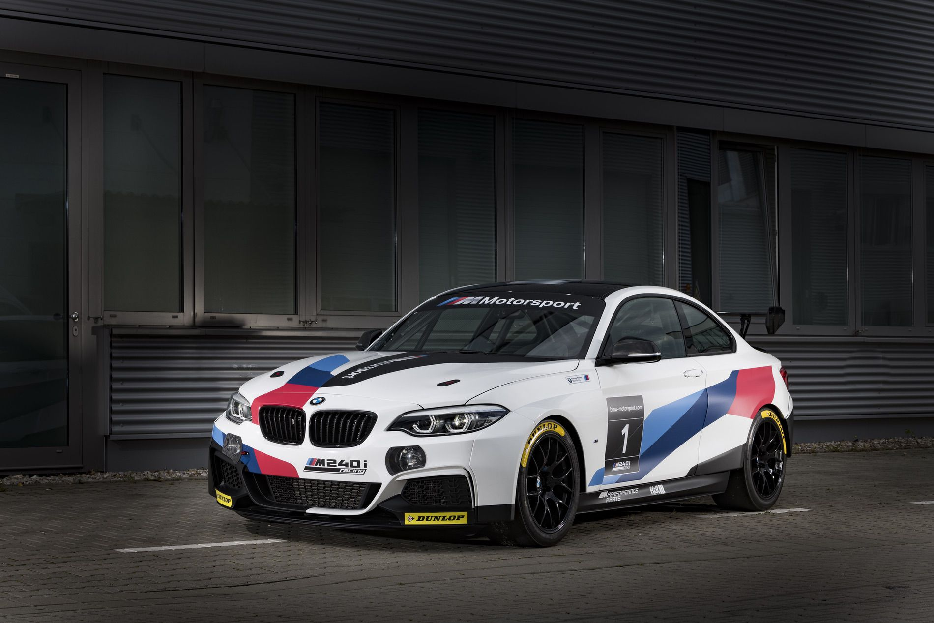 BMW M240i Racing Car 04