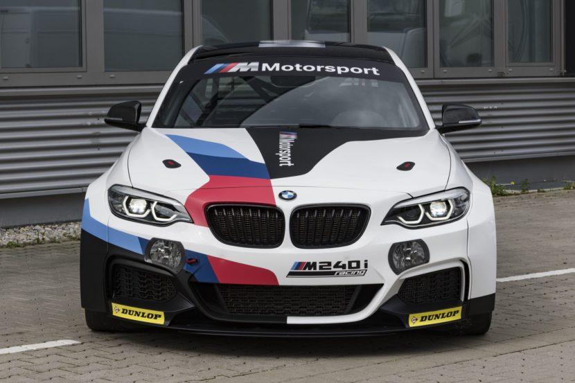 BMW M240i Racing Car 05 830x553