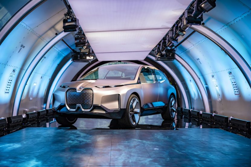 BMW VISION INEXT LAUNCH 04 830x553