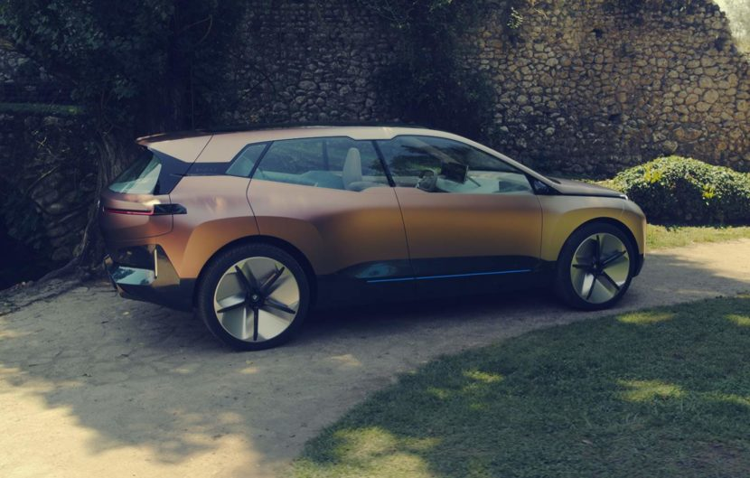 BMW Vision iNEXT Concept 5 830x529