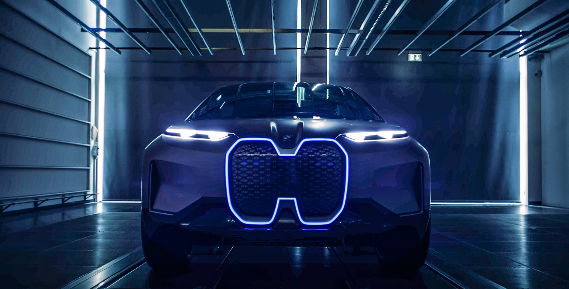 BMW Vision iNEXT shows its face in latest teaser