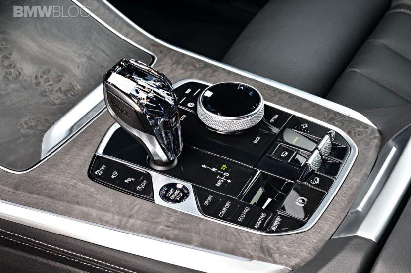 BMW X5 40i xLine 66 830x553