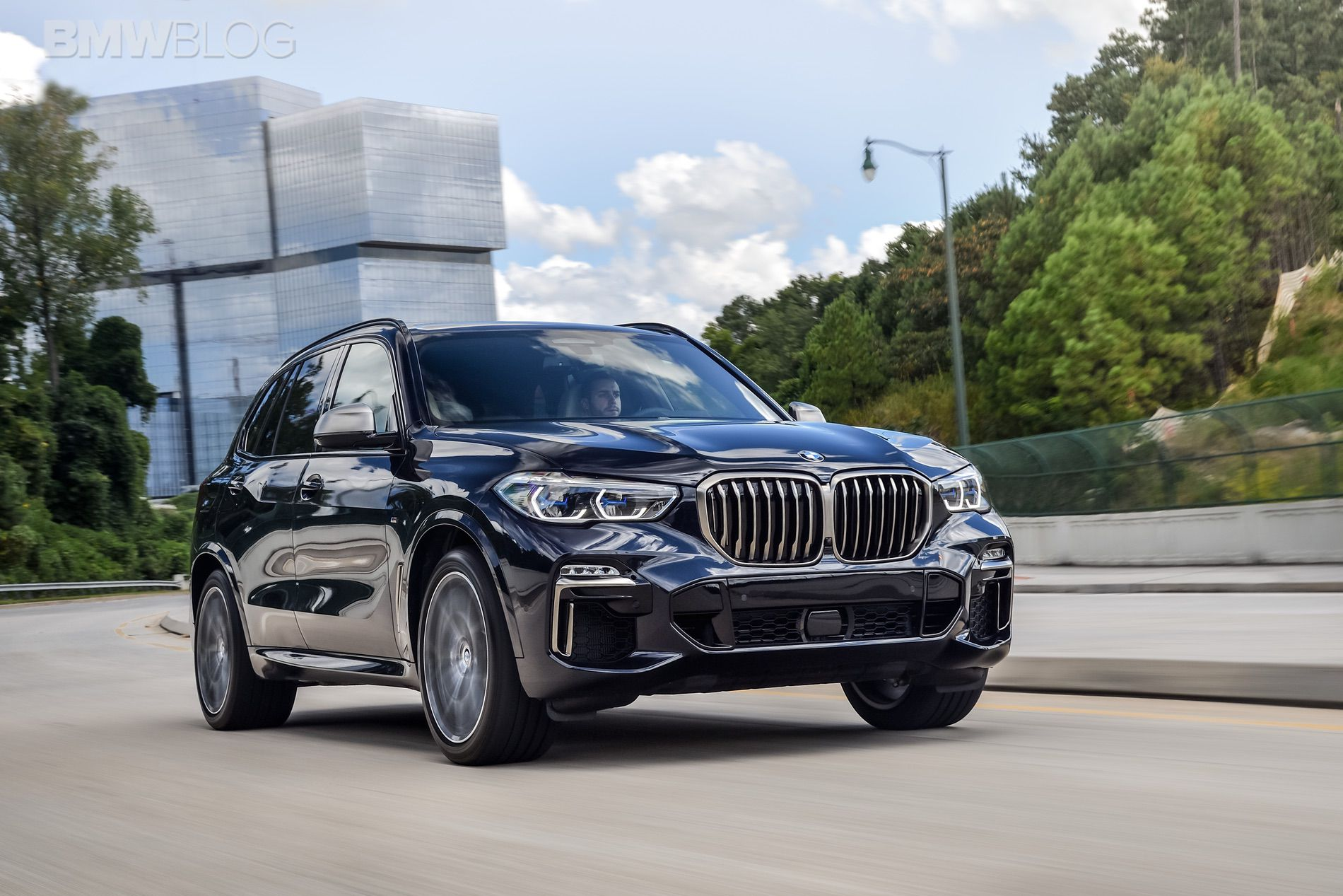 bmw x7 vs bmw x5 photo comparison. Black Bedroom Furniture Sets. Home Design Ideas