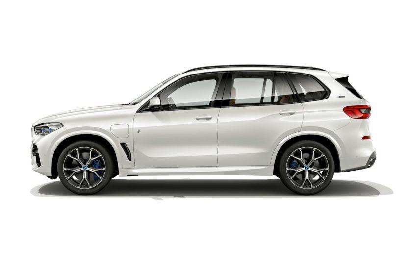 BMW X5 xDrive45e 3 830x553