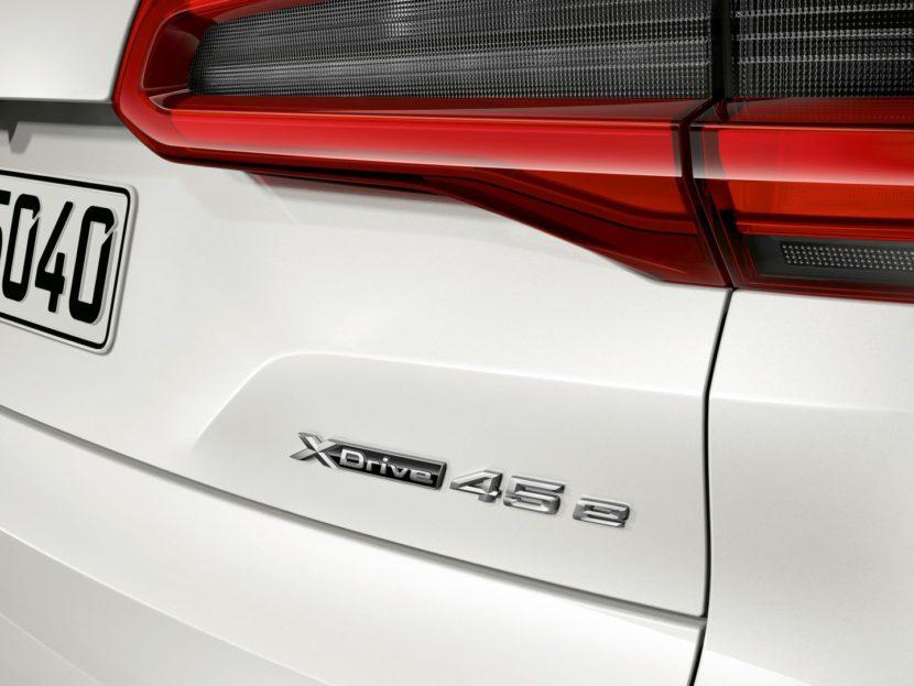 BMW X5 xDrive45e 9 830x623