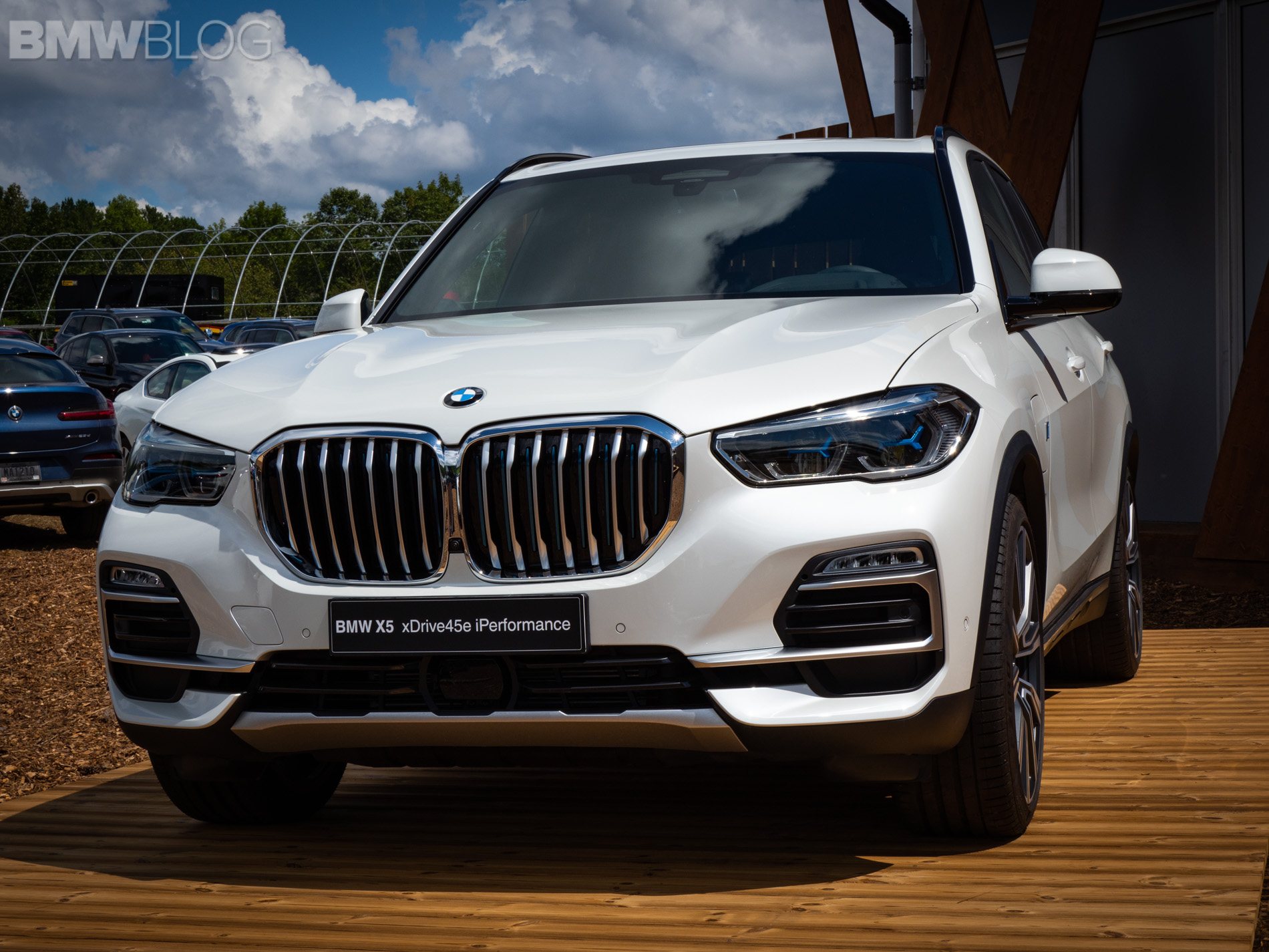 BMW X5 xDrive45e live photos 1