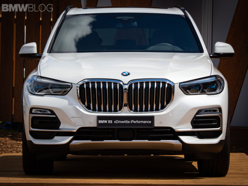BMW X5 xDrive45e live photos 2 830x623