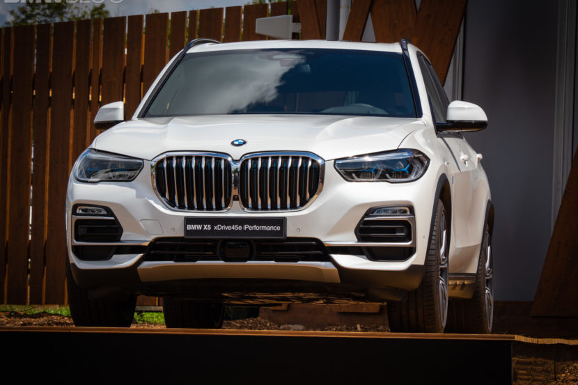 BMW X5 xDrive45e live photos 3 830x553