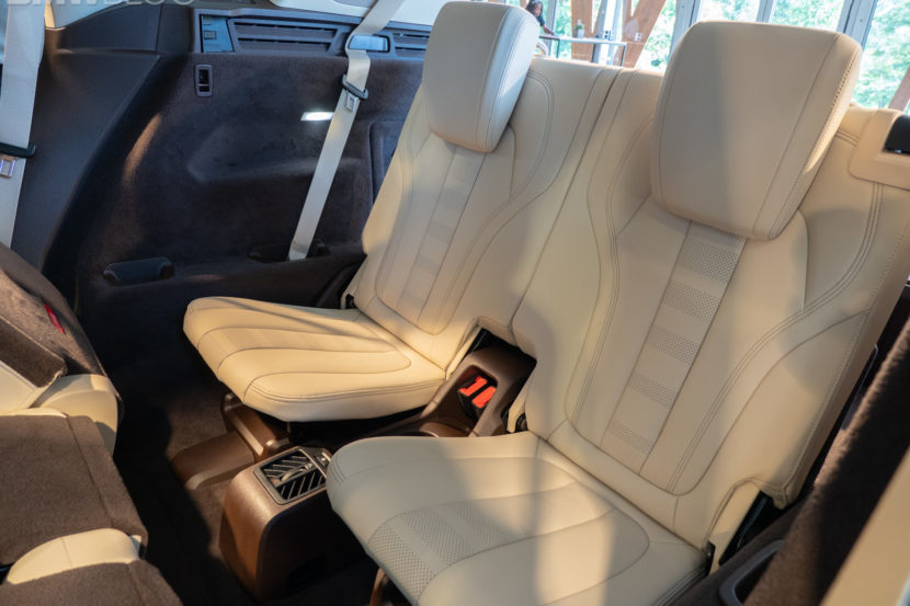 new BMW X5 third row 7 seats 6 830x553