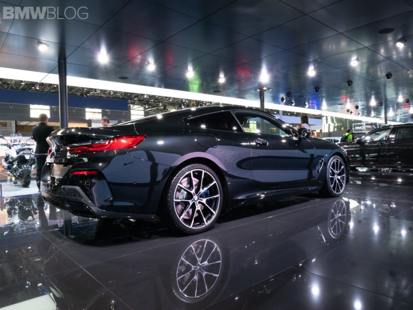 2019 BMW M850i Coupe Black 19 830x623
