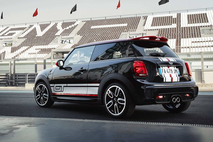 66caa451 mini cooper s gt edition 2 830x553