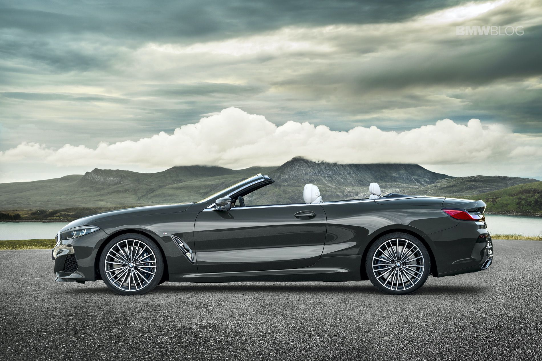 BMW 8 Series Convertible leaks