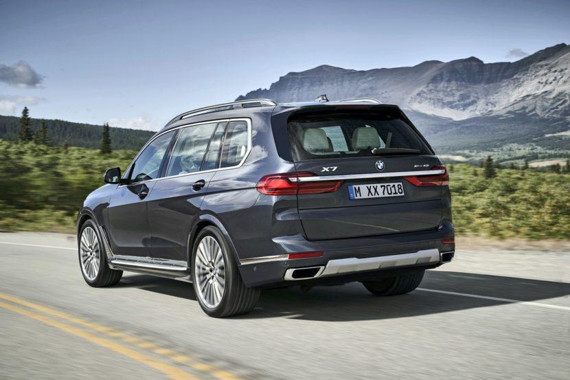 BMW X7 exterior 30 830x553