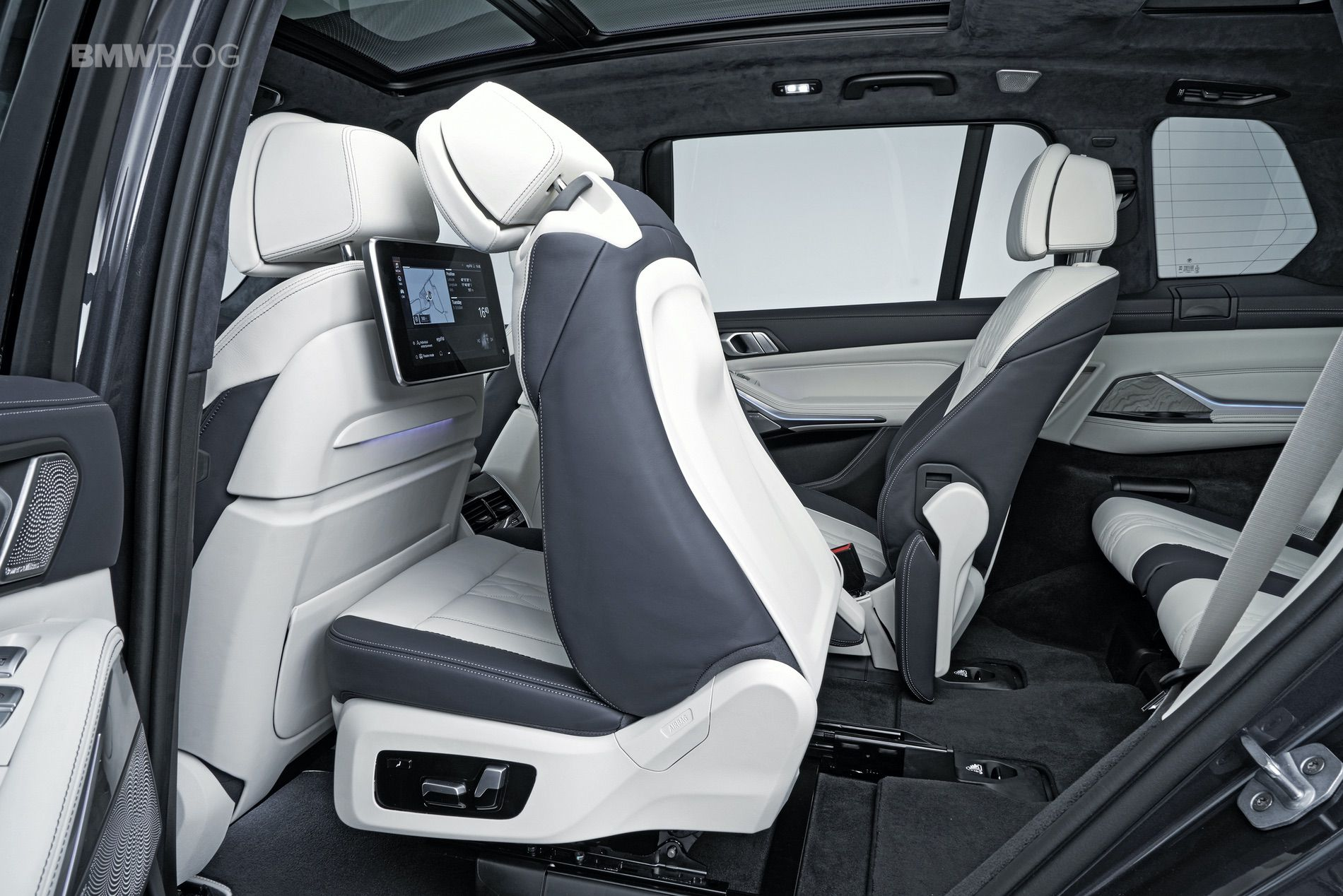 Outstanding Studio Shots Of The New Bmw X7 Squirreltailoven Fun Painted Chair Ideas Images Squirreltailovenorg