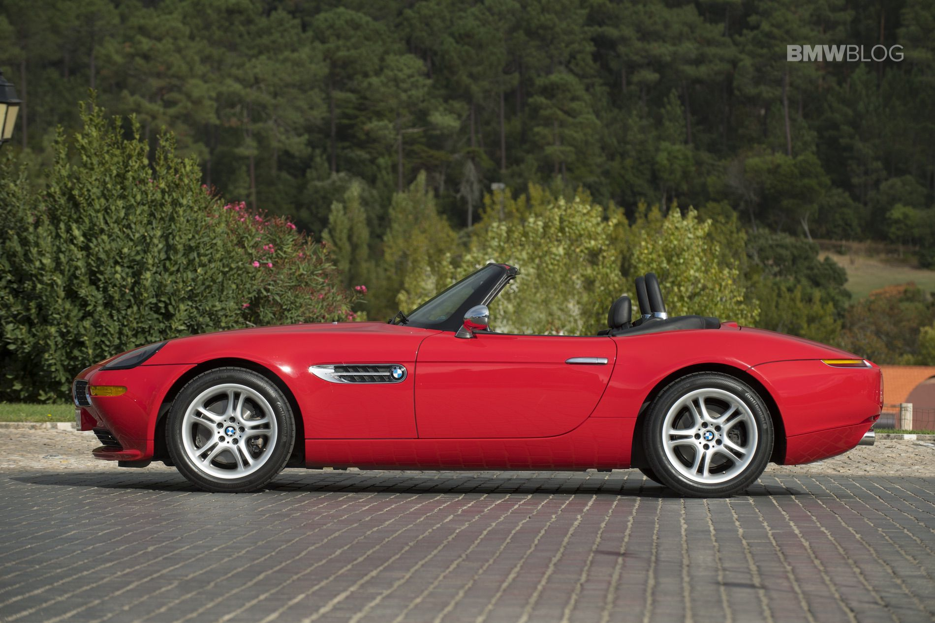 Bmw Z8 Roadster Stunning Photo Gallery