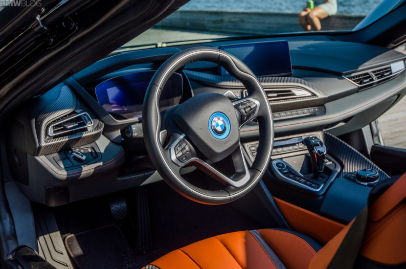 BMw i8 Roadster 15 of 35 830x550