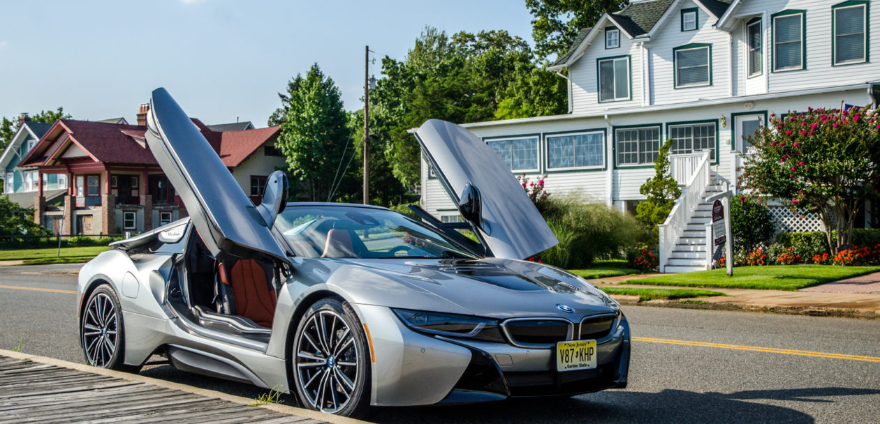 BMw i8 Roadster 2 of 35 1260x608