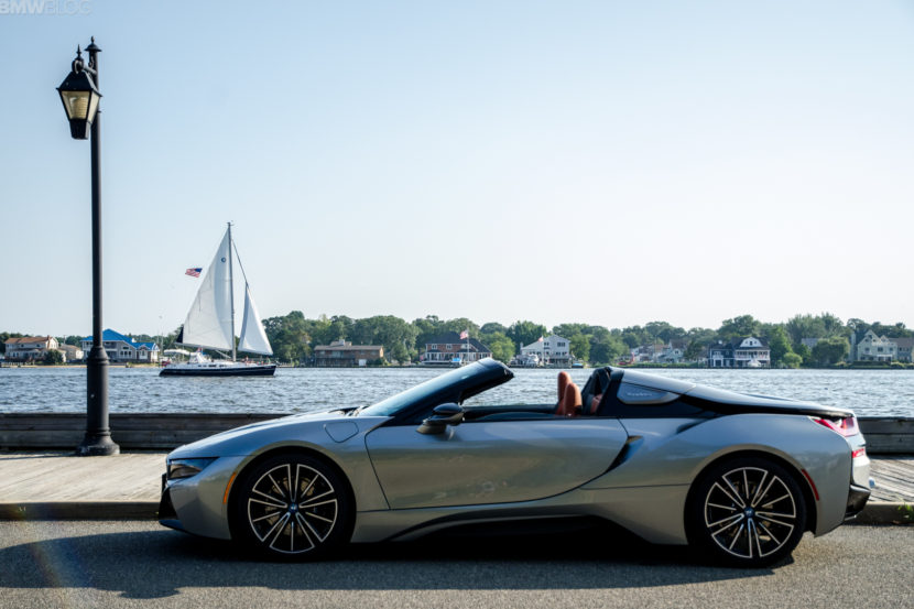 BMw i8 Roadster 34 of 35 830x553