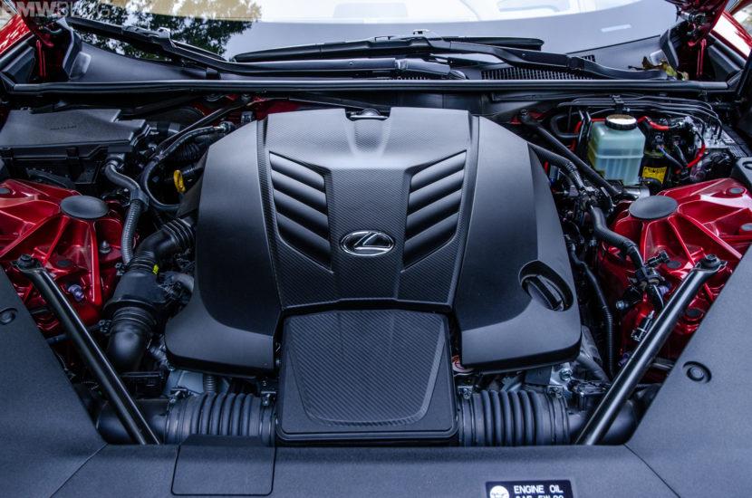 Lexus LC500 37 830x550