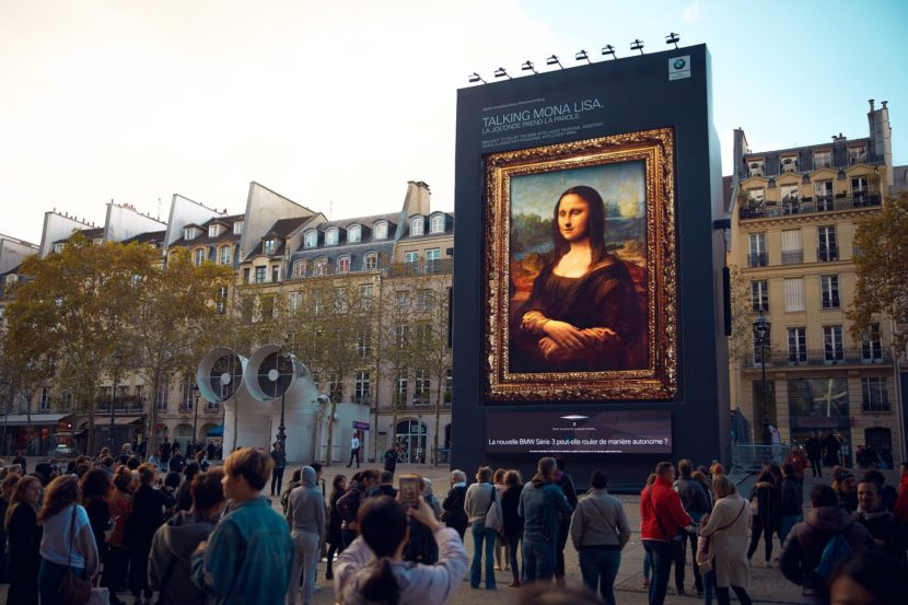 Video: BMW Shows Off Intelligent Personal Assistant in Paris with Mona Lisa