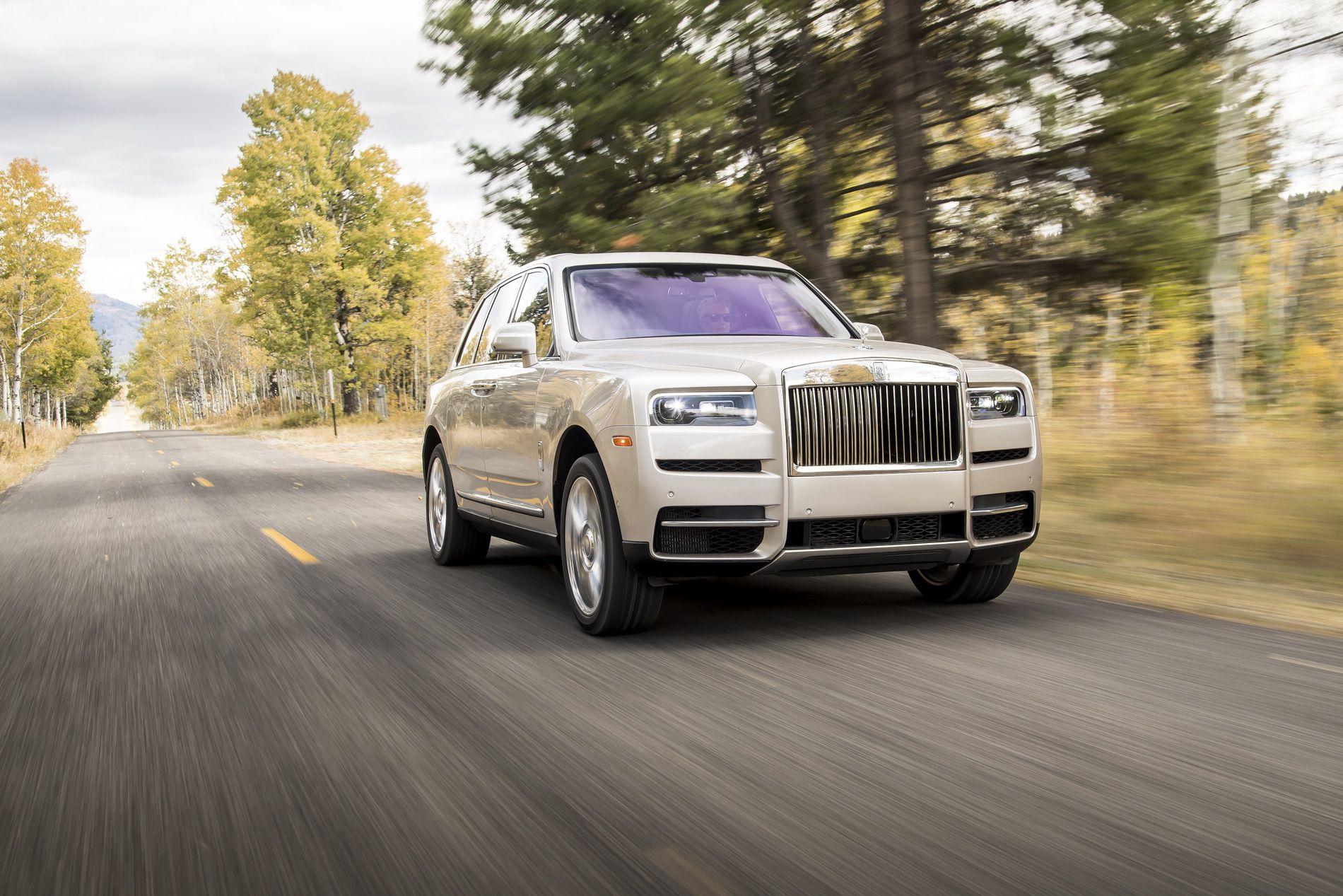 Rolls Royce Cullinan photos 25 1