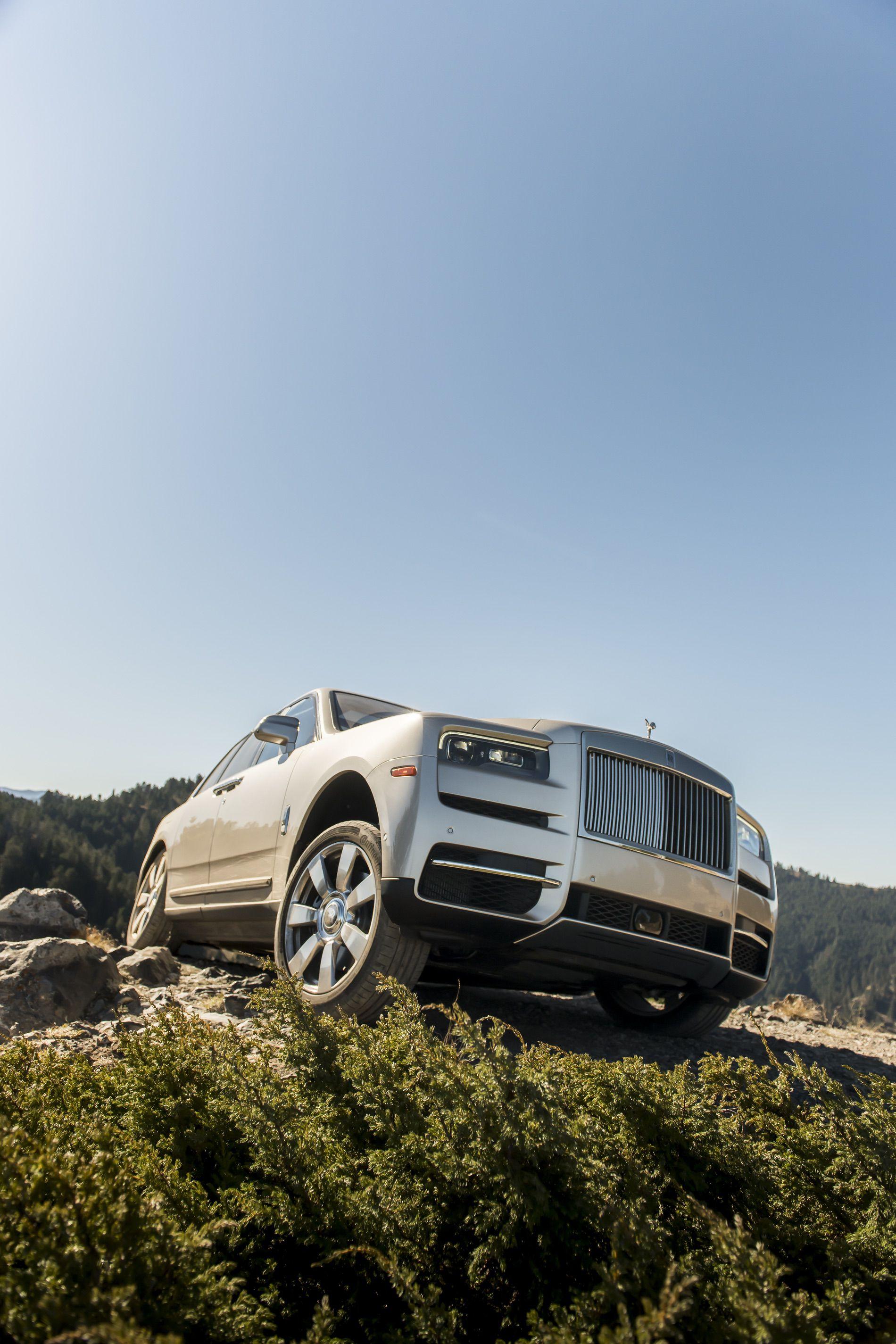 Rolls Royce Cullinan photos 52