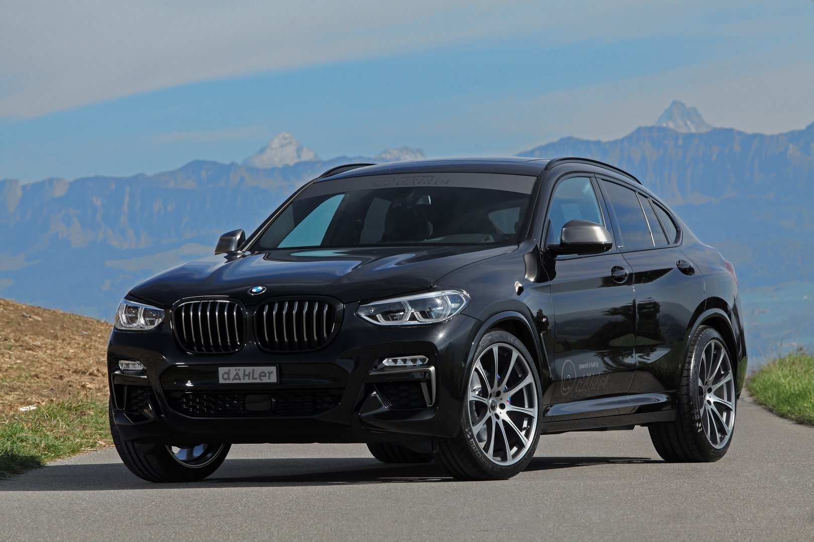 bmw x4 m40i gets 420 hp and dark theme from dahler. Black Bedroom Furniture Sets. Home Design Ideas
