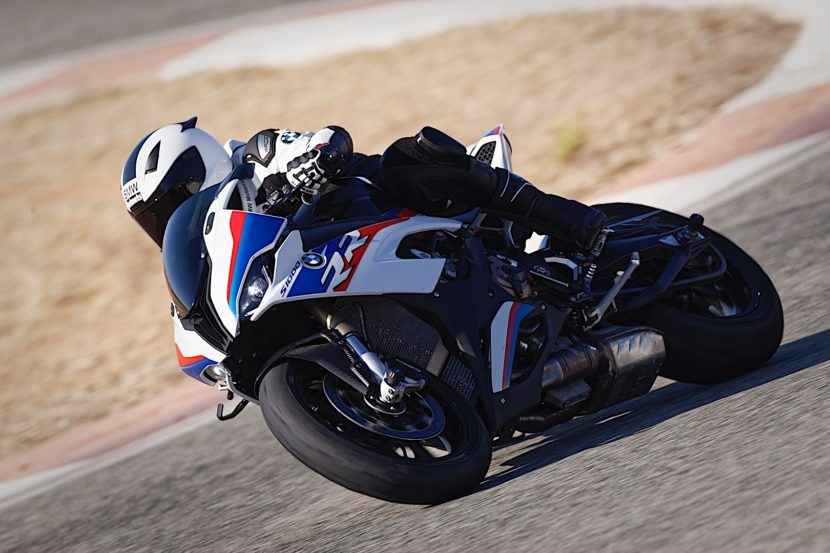 2019 BMW S 1000 RR P90327349 highRes 830x553