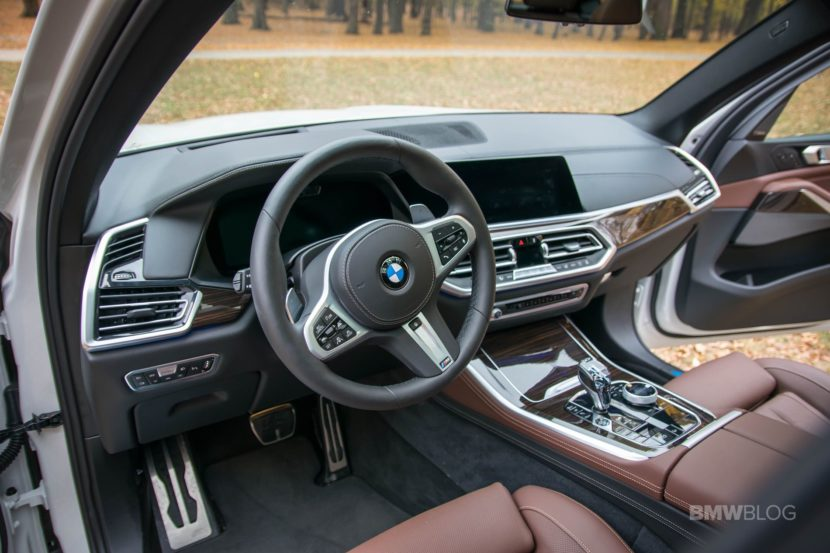 2019 BMW X5 test review 03 830x553