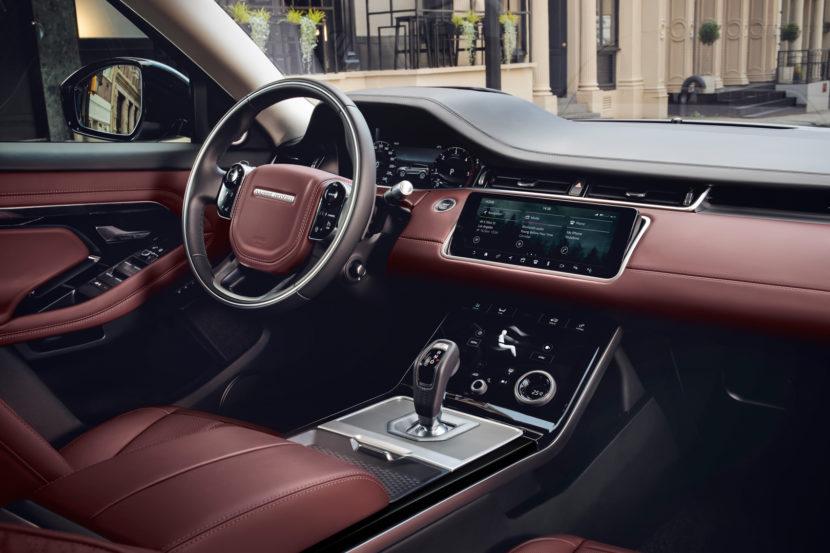 2019 Range Rover Evoque 2 of 8 830x553